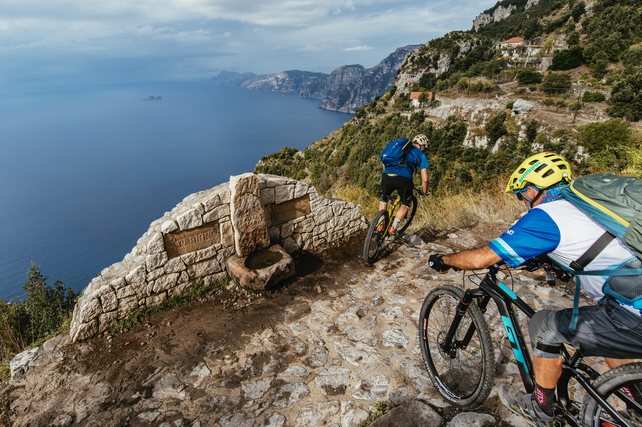 Блог компании Триал-Спорт: GT: Ханс Рэй. Итальянская Одиссея
